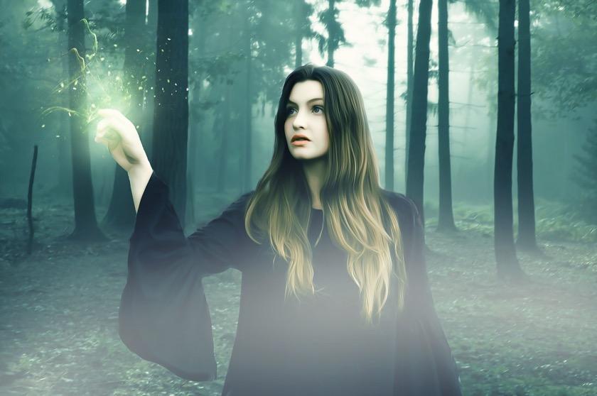 witch-2505440_1280