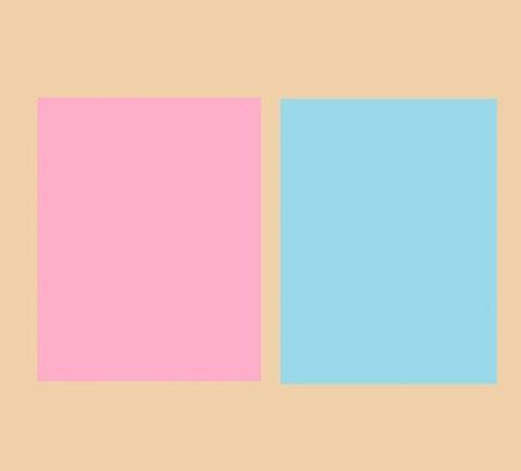 ピンクとブルーと肌色