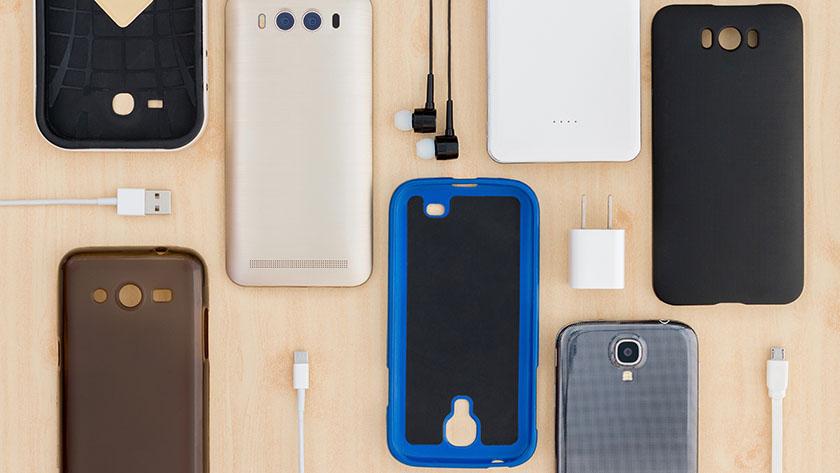 スマートフォンの様々なケース、カバー、アクセサリー類