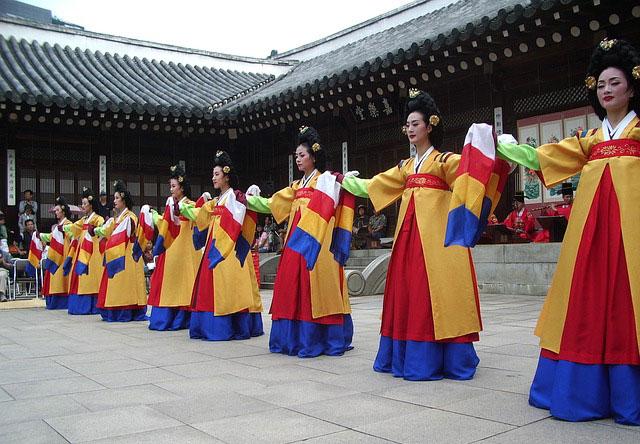 韓国の伝統衣装
