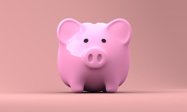 ピンクの豚さん貯金箱